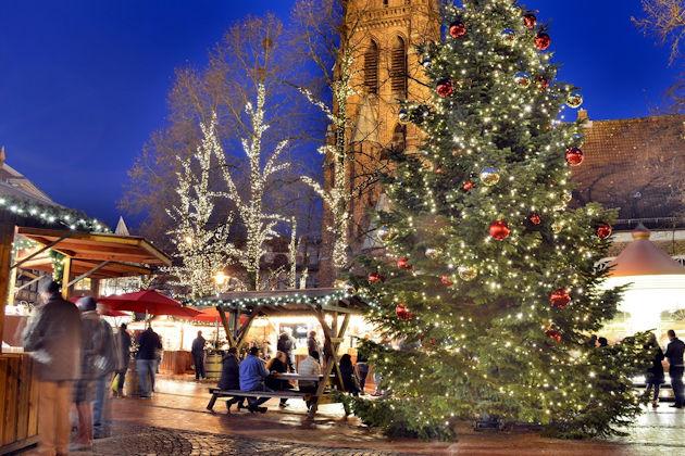 Weihnachtsmarkt Elmshorn.Lichtermarkt In Elmshorn