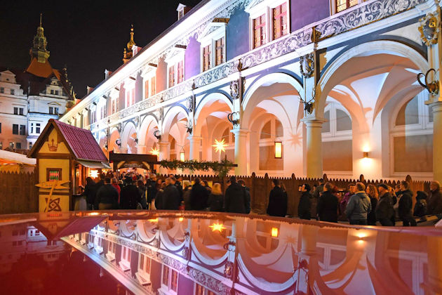 Weihnachtsmarkt In Dresden.Mittelalter Weihnachtsmarkt In Dresden 2019