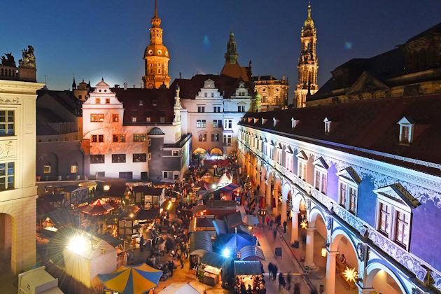 Weihnachtsmarkt Beginn 2019.Mittelalter Weihnachtsmarkt In Dresden 2019