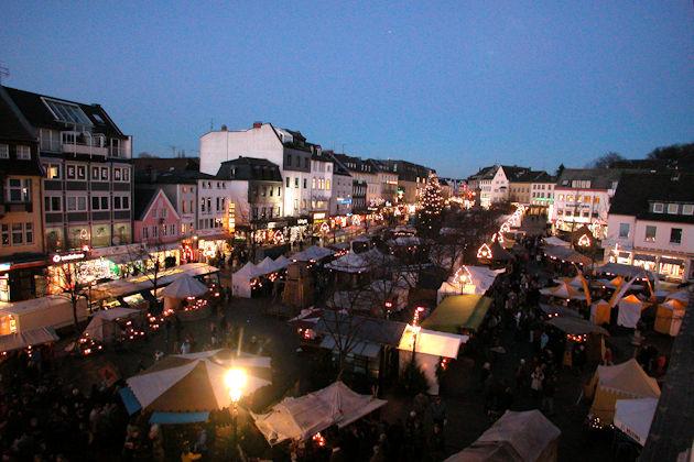 Mittelalterlicher Weihnachtsmarkt.Mittelalterlicher Weihnachtsmarkt In Siegburg 2019