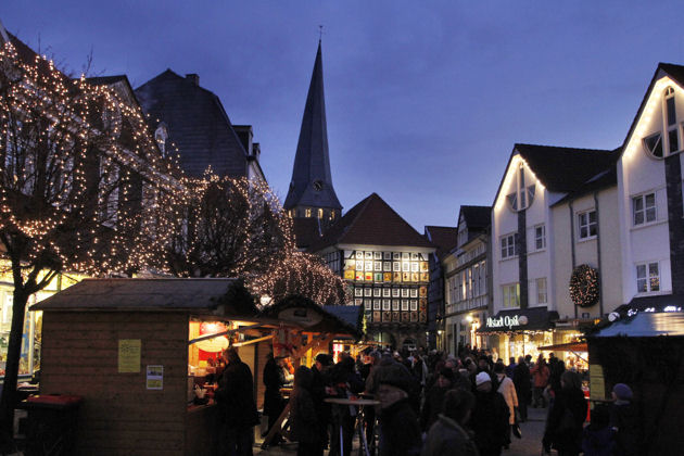 Weihnachtsmarkt Wuppertal öffnungszeiten.Nostalgischer Weihnachtsmarkt In Hattingen