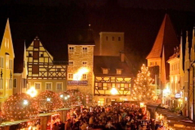 romantischer weihnachtsmarkt in berching. Black Bedroom Furniture Sets. Home Design Ideas
