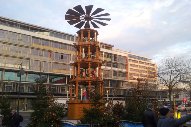 Weihnachtsmarkt Berlin 2019.Weihnachtsmarkt An Der Gedächtniskirche In Berlin Charlottenburg 2019