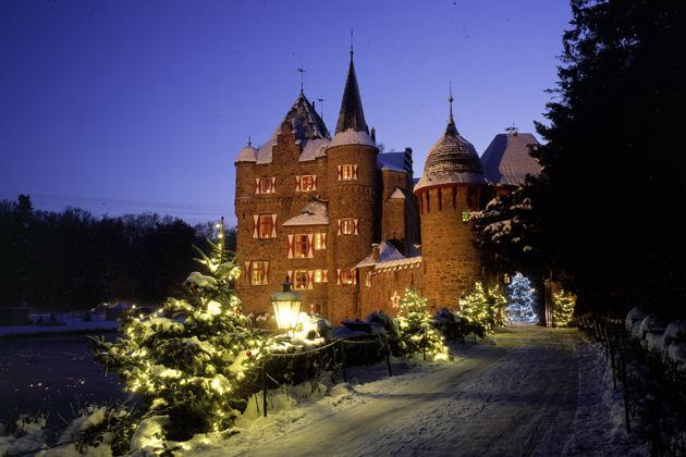 Burg satzvey weihnachtsmarkt 2018