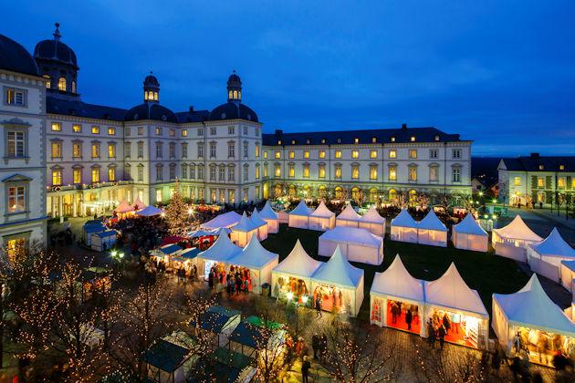 Weihnachtsmarkt Heute Nrw.Weihnachtsmarkt Auf Schloss Bensberg In Bergisch Gladbach 2019