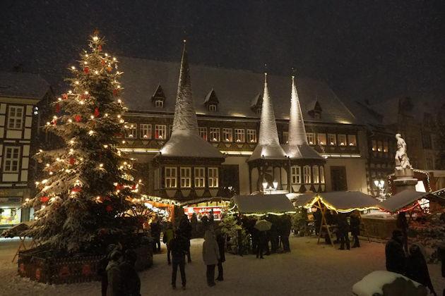 Norden Weihnachtsmarkt 2019.Weihnachtsmarkt In Einbeck 2019