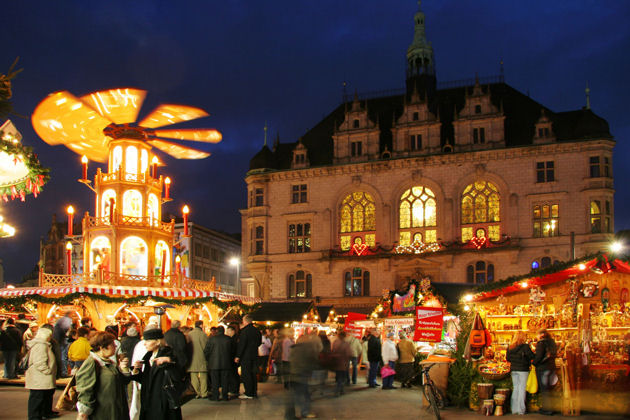 weihnachtsmarkt in halle an der saale. Black Bedroom Furniture Sets. Home Design Ideas